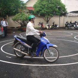 Học lái xe mô tô hạng A1