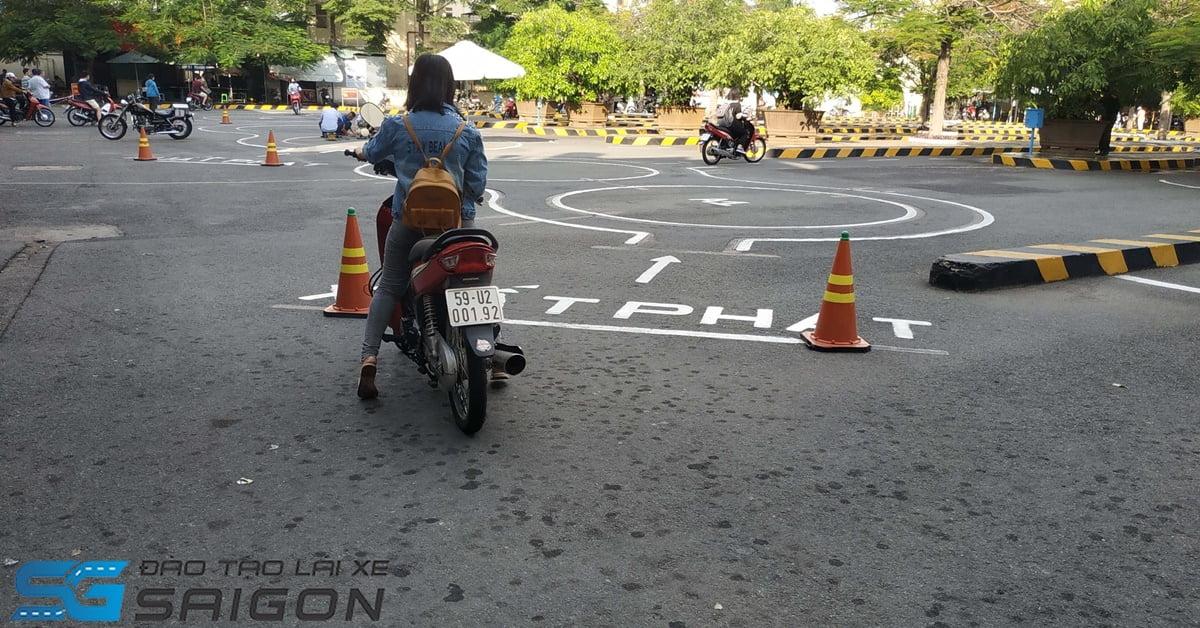 thi bằng lái xe máy uy tín tphcm