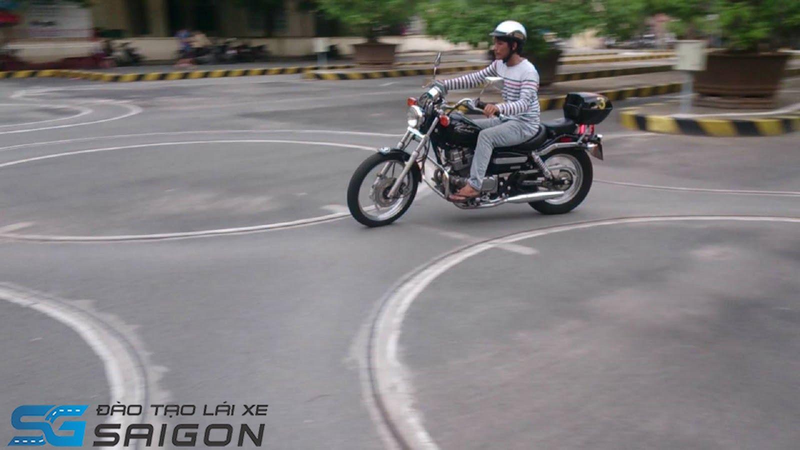 kích thước vòng số 8 thi bằng lái xe máy