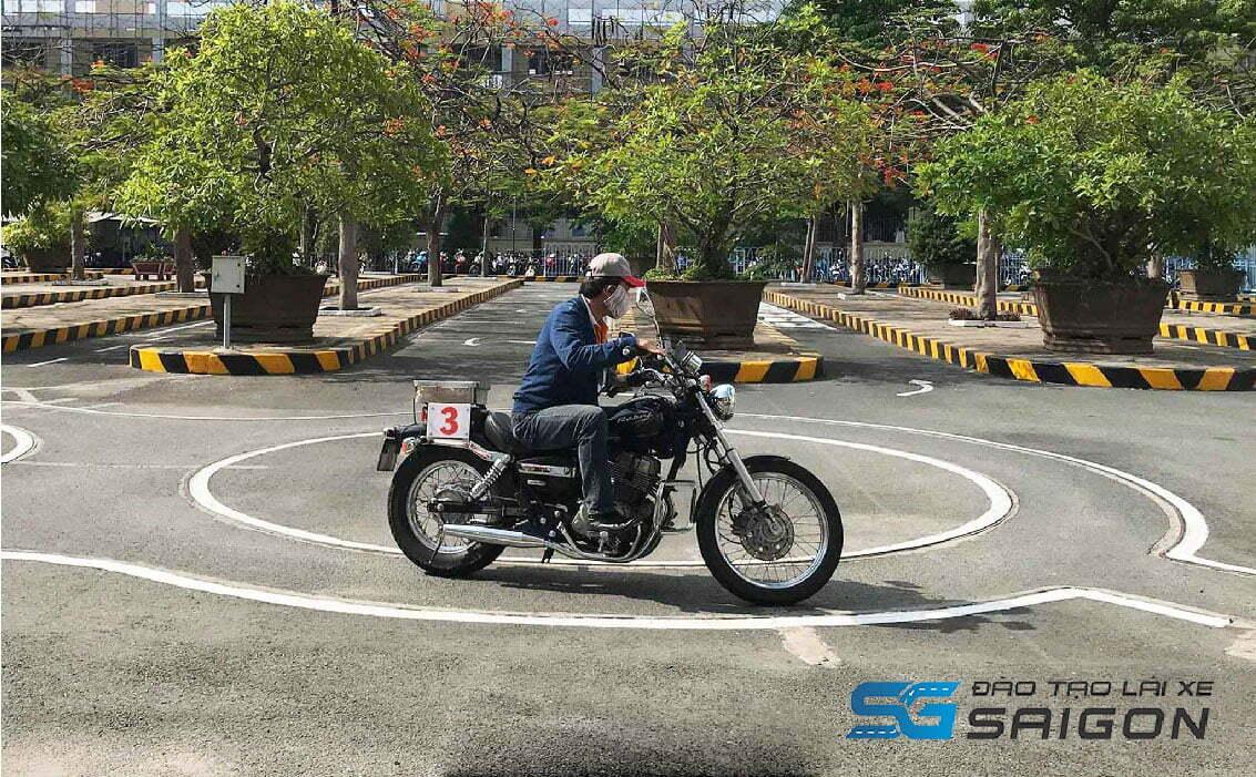 Thi bằng lái xe máy tại trường đào tạo Lái xe Sài Gòn