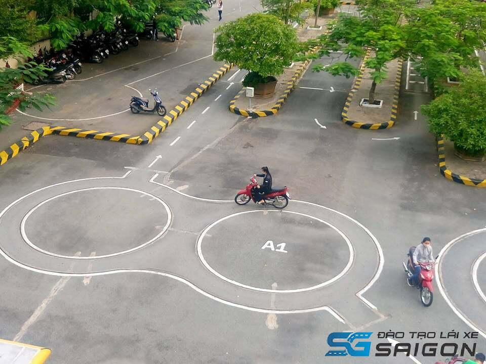 Trường đào tạo Lái xe Sài Gòn đáp ứng đầy đủ các tiêu chí, hỗ trợ học viên hoàn thành một cách nhanh nhất khi thực hiện lấy bằng lái.