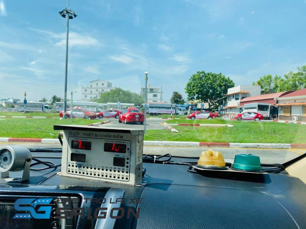 Học lái xe B2 năm 2020 có khó không?