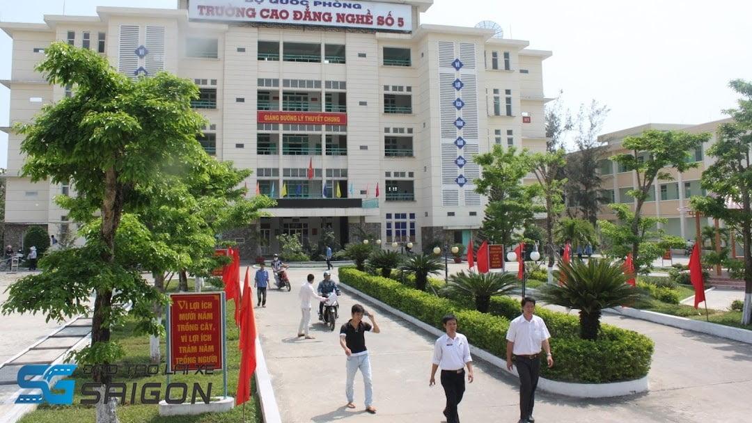Trung tâm Học lái xe b2 Đà Nẵng – trường Cao đẳng Nghề số 5