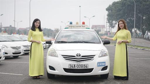 Học lái xe B2 trường Học viện An Ninh - Cao đẳng nghề số 7